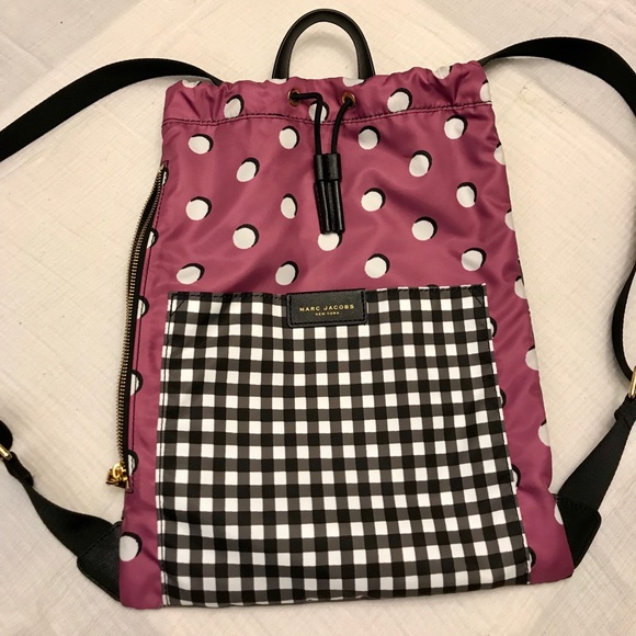 6e508f4ee7c0 Marc Jacobs Active Nylon Drawstring Backpack. M 5a7be76df9e50167362a7c19